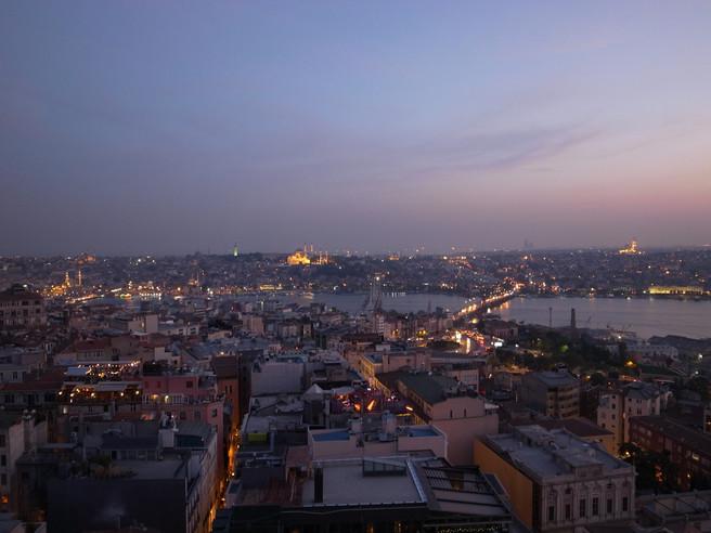 Mets & vins sur les rives du Bosphore / Istanbul