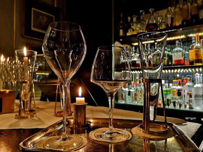 Dokhan's, le bar à champagnes / Paris 16