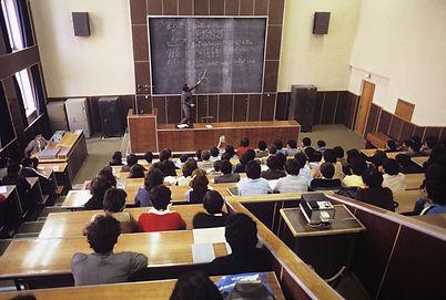 モスクワ大学授業