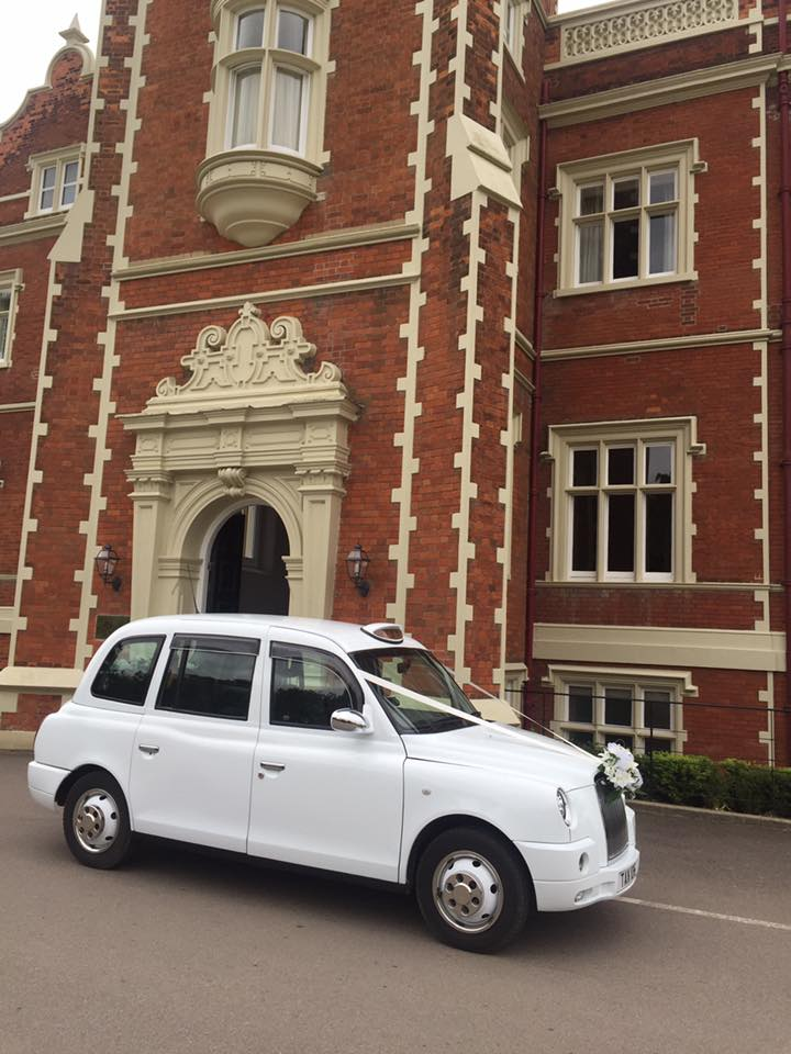 Wedding taxi hire at Wivenhoe House,