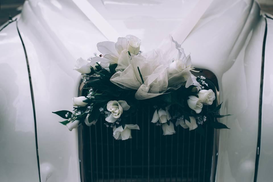 white wedding taxi London wedding