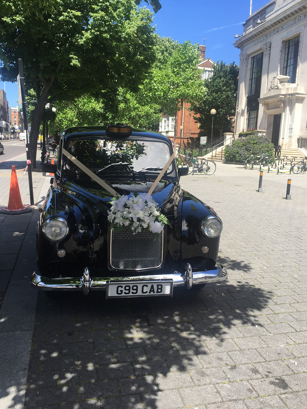 London wedding taxi for hire