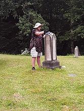 Vol Judi scrubbing monument.jpg