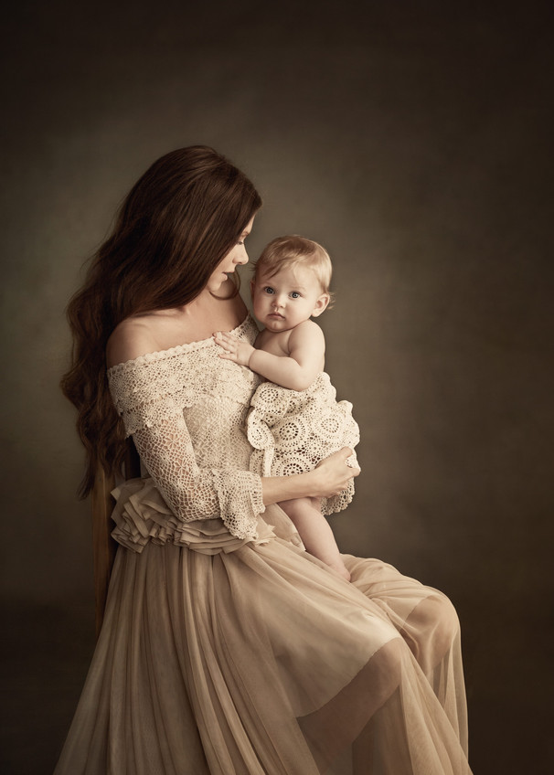 In__his_mother´s_arms