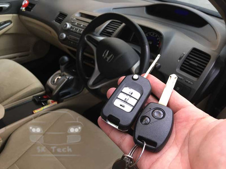 Honda Civic FD add new flip key remote and immobiliser transponder.
