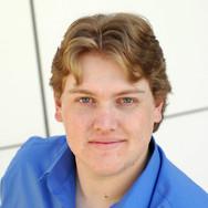 Sean Goodman Jones (Zeus)