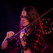 Rin Q. Ribble (Nellie/Violin)