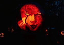 pennywise_pumpkin_carving_2_edited.jpg
