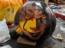 pennywise_pumpkin_carving.jpg