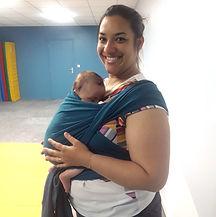 Atelier portage bébé individuel nord roubaix croix écharpe extensible tricotée tissée