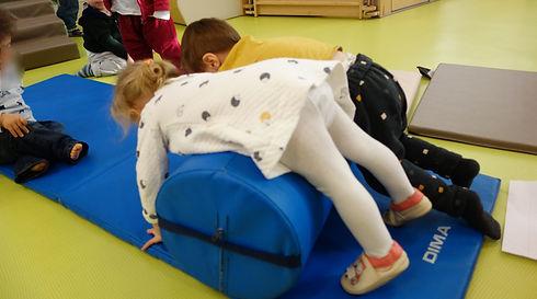Babygym baby-gym motricité enfant modules gymnastiques éveil corporel mini-gym chez Lollipop enfants et bébés