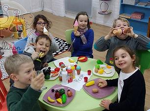 cours d'anglais enfants dinette aliments