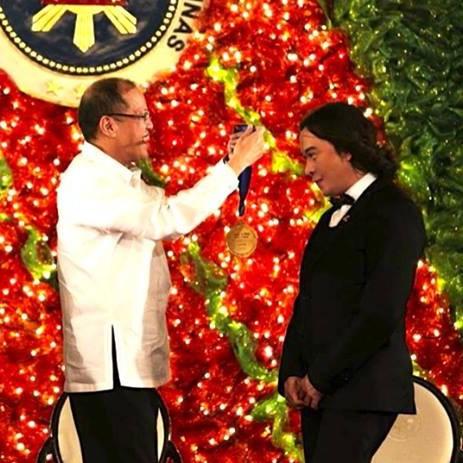 Michael Cinco Wins Presidential Award <br/><br/><br/>