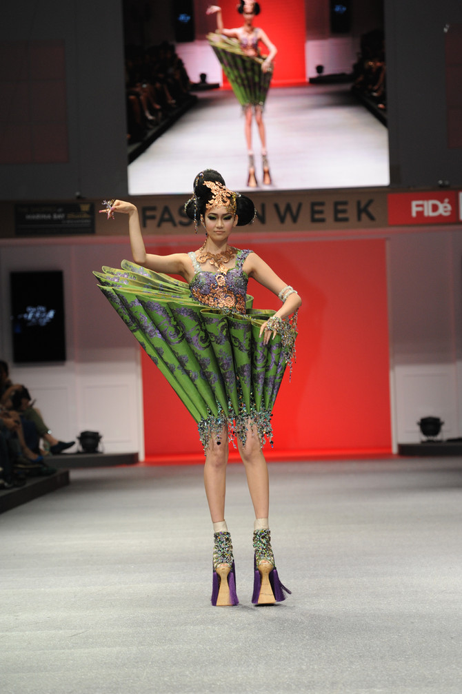 Guo Pei at FIDé Fashion Weeks