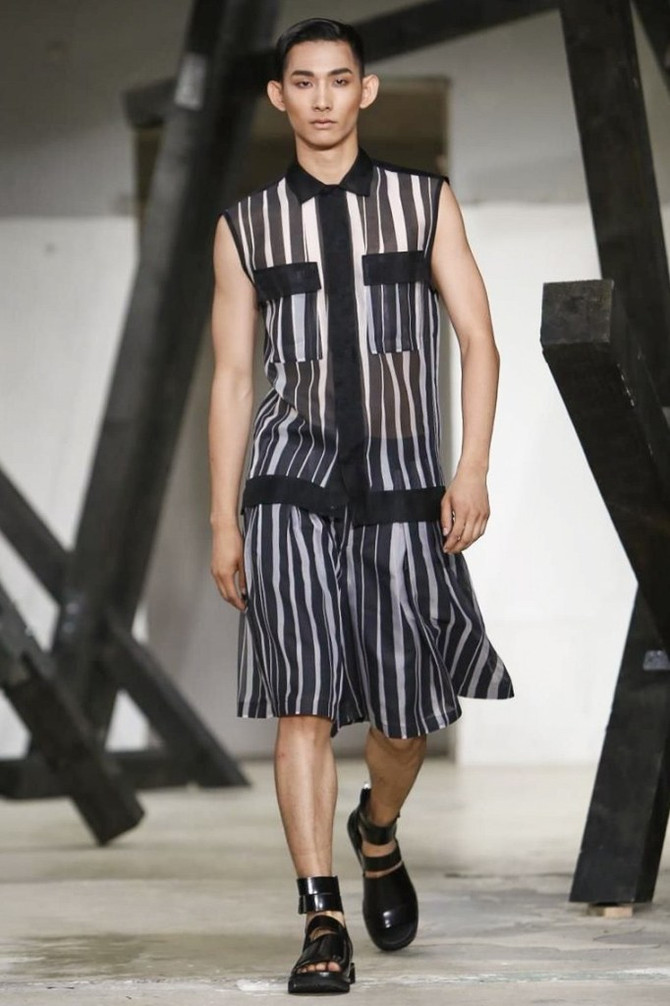 Prolific Korean designer Songzio Spring Summer 2015 in Paris <br/><br/>