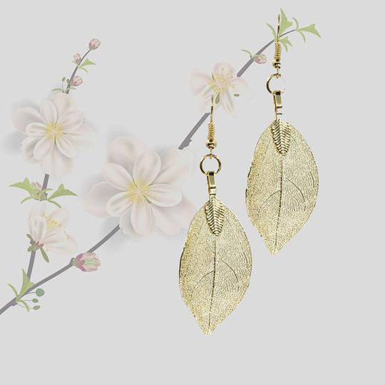 Natural Leaf Earrings - Gold