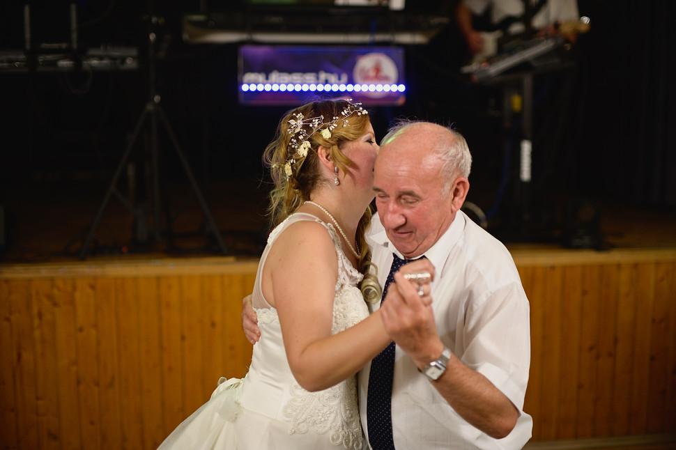 722  Esküvői fotózás - Enikő és Peti Bul
