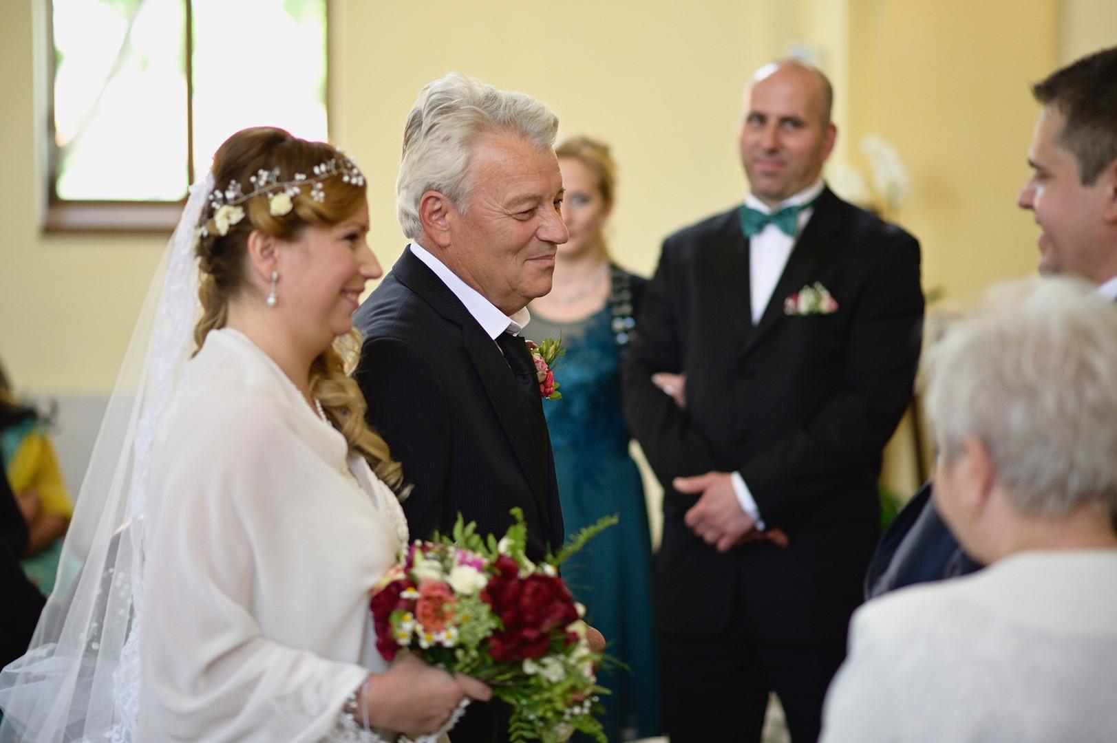 142  Esküvői fotózás - Enikő és Peti.jpg