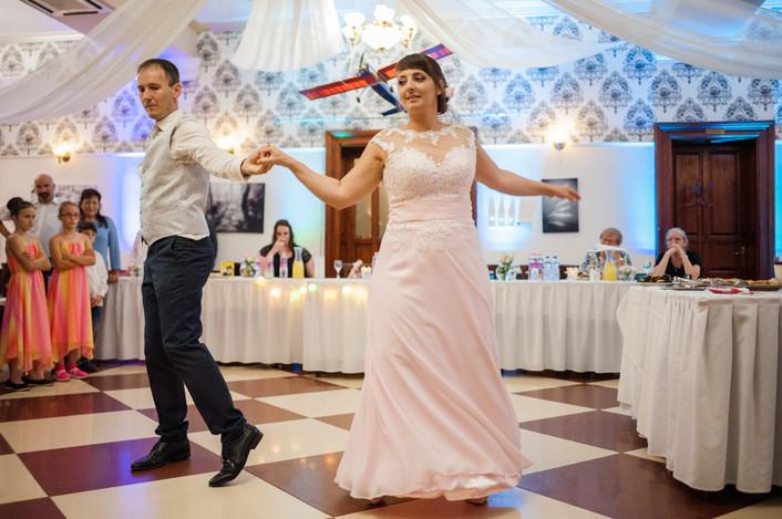 Esküvő fotózás videózás - Rita és Balázs - esküvői buli 30