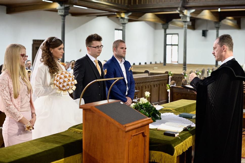 031 Esküvő fotózás - Dia és Endi - Templ