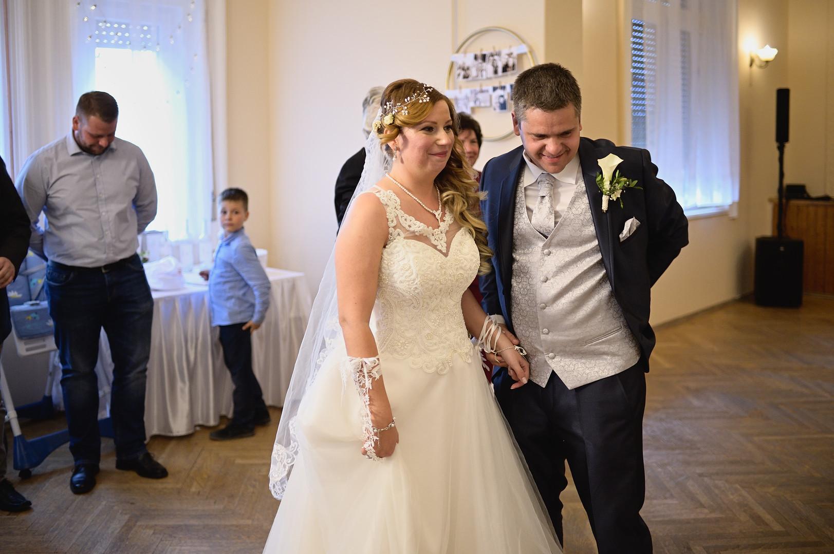 387  Esküvői fotózás - Enikő és Peti Bul