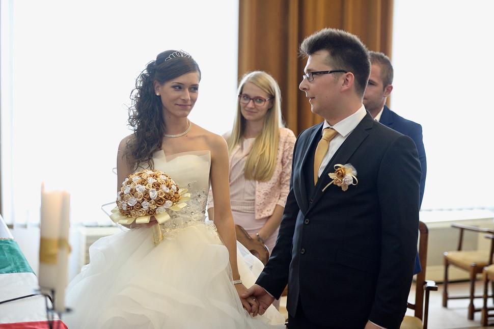Esküvő fotózás - Dia és Endi - Polgári szertartás