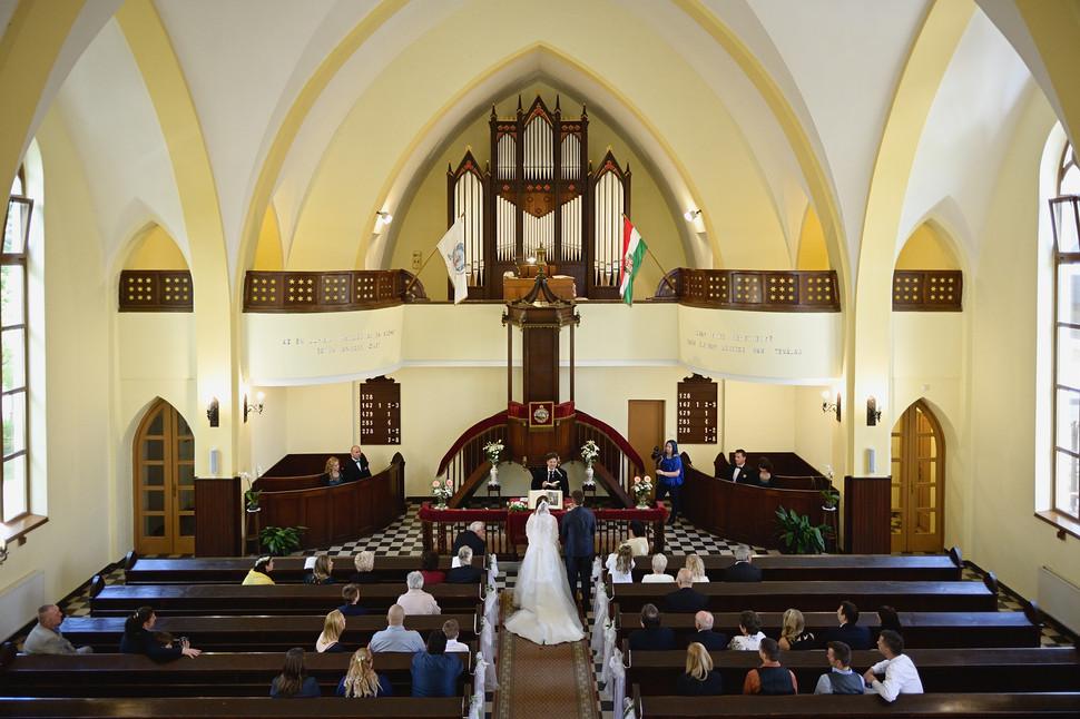 151  Esküvői fotózás - Enikő és Peti.jpg