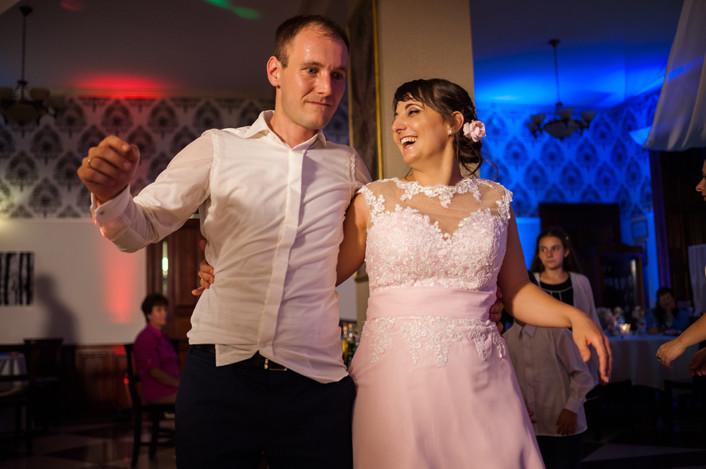 Esküvő fotózás videózás - Rita és Balázs - esküvői buli 38