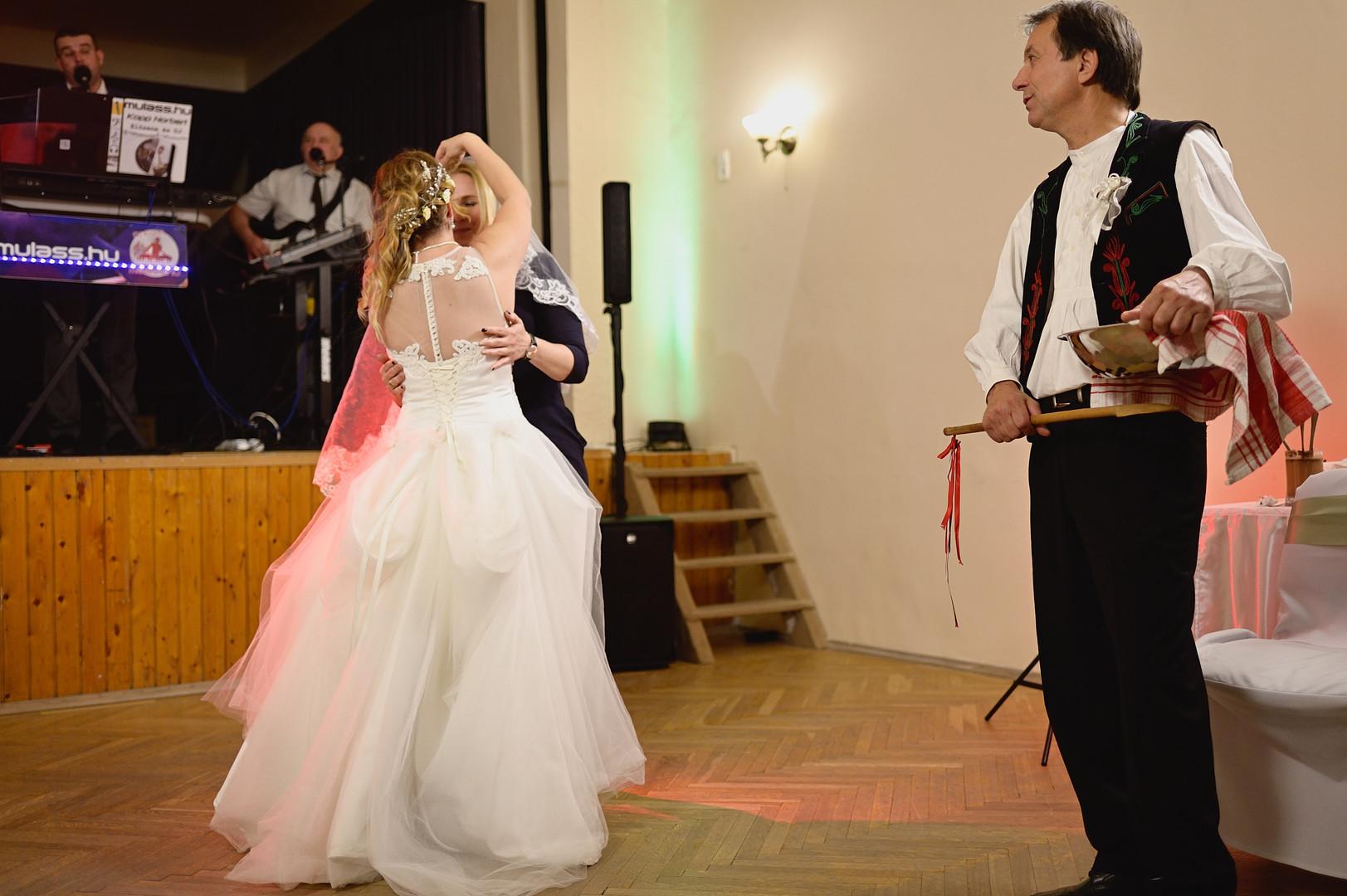 689  Esküvői fotózás - Enikő és Peti Bul
