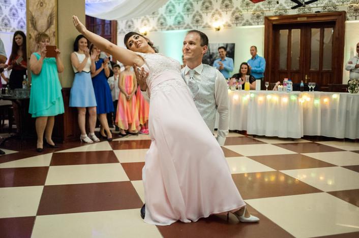 Esküvő fotózás videózás - Rita és Balázs - esküvői buli 31