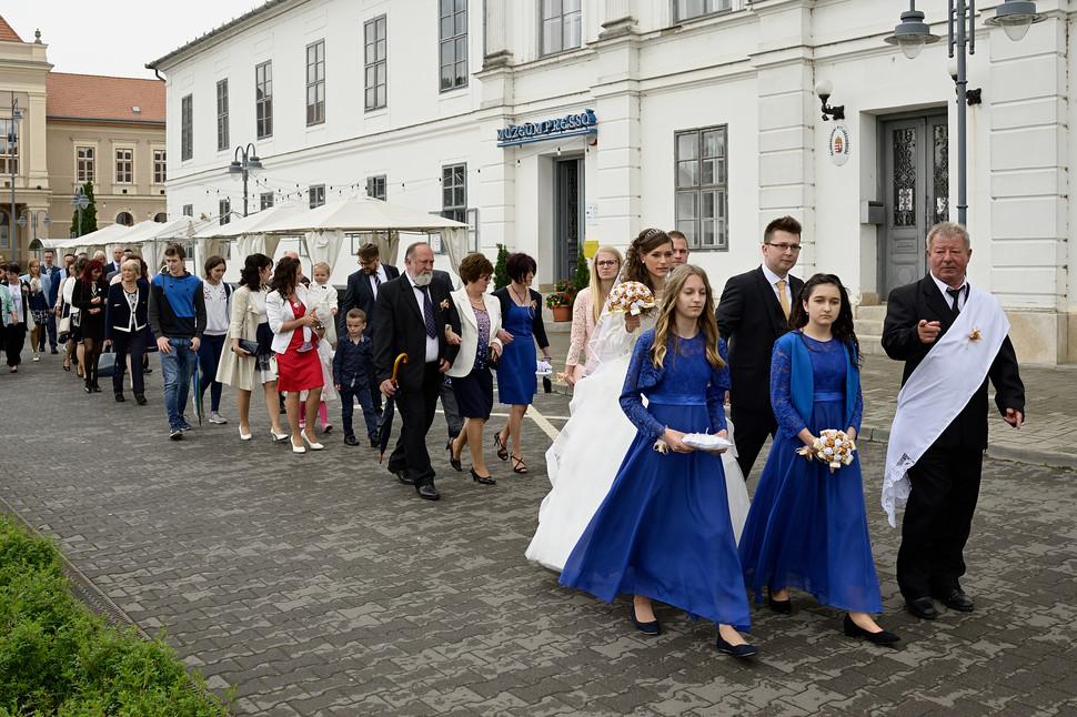 004 Esküvő fotózás - Dia és Endi - Templ