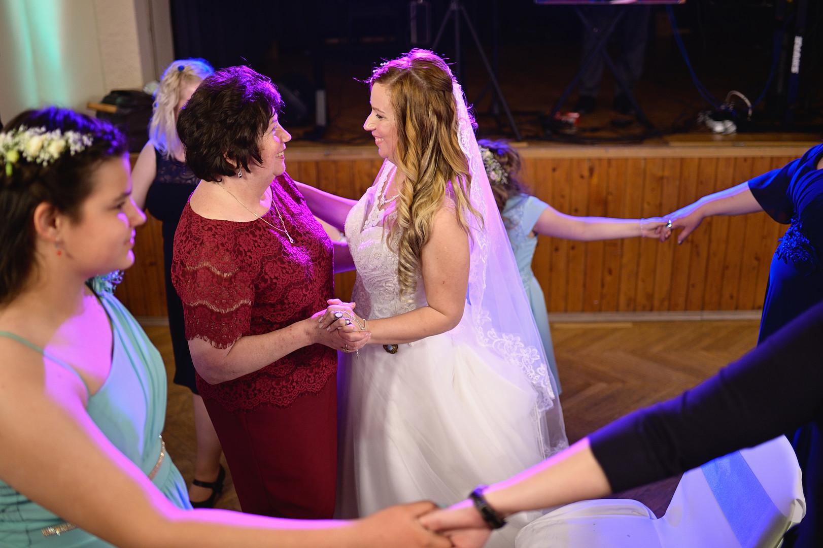 677  Esküvői fotózás - Enikő és Peti Bul