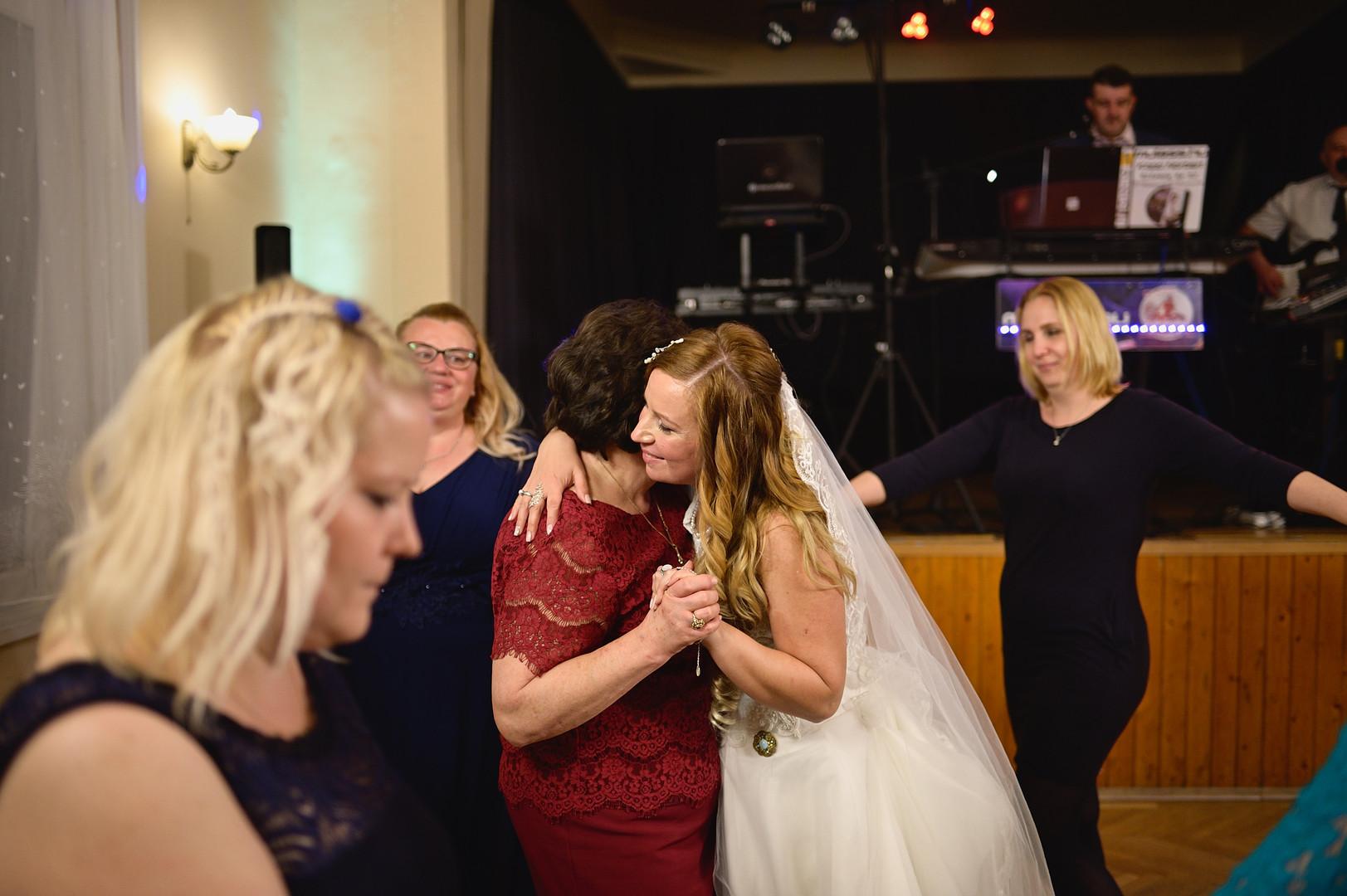 678  Esküvői fotózás - Enikő és Peti Bul