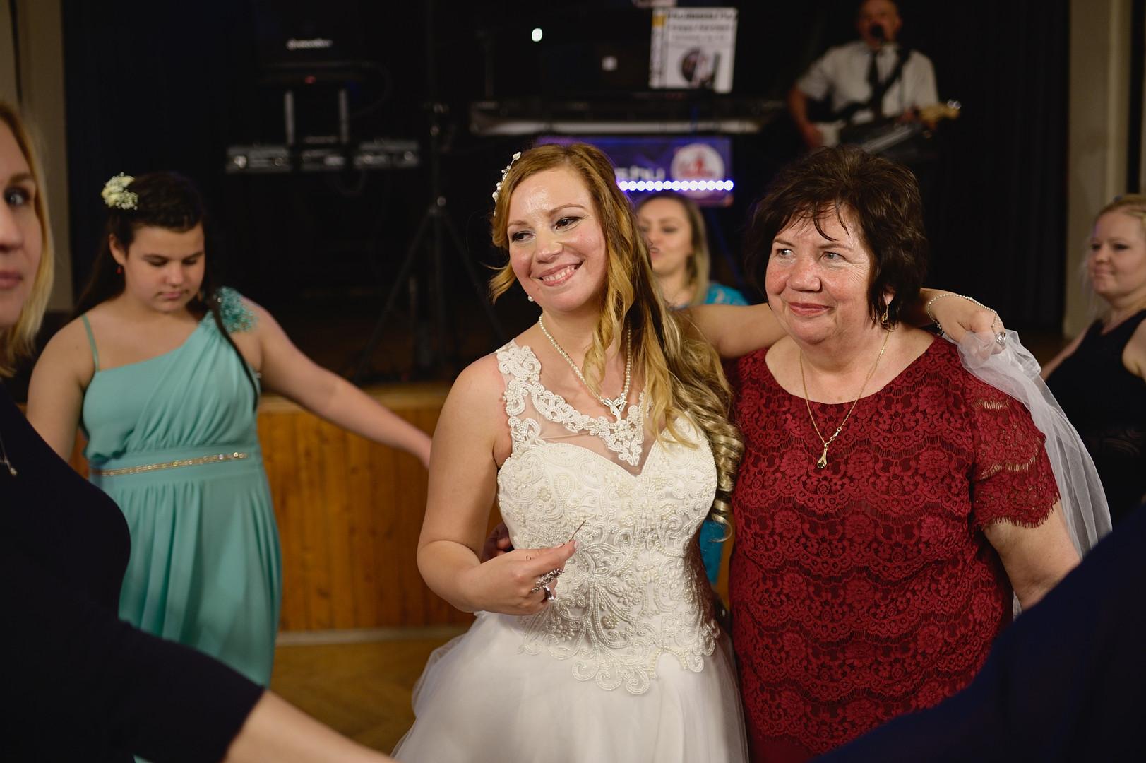 684  Esküvői fotózás - Enikő és Peti Bul