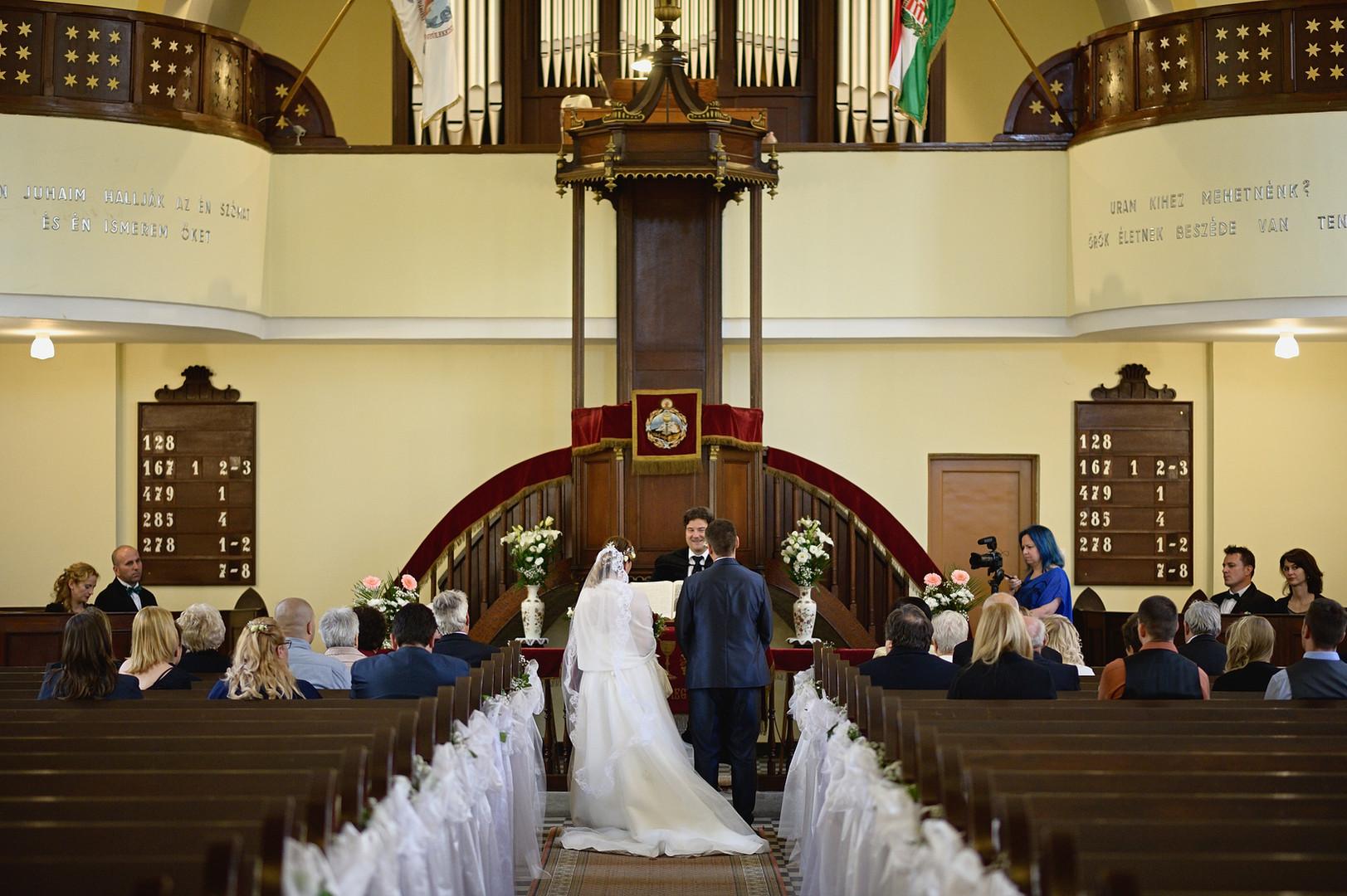 154  Esküvői fotózás - Enikő és Peti.jpg