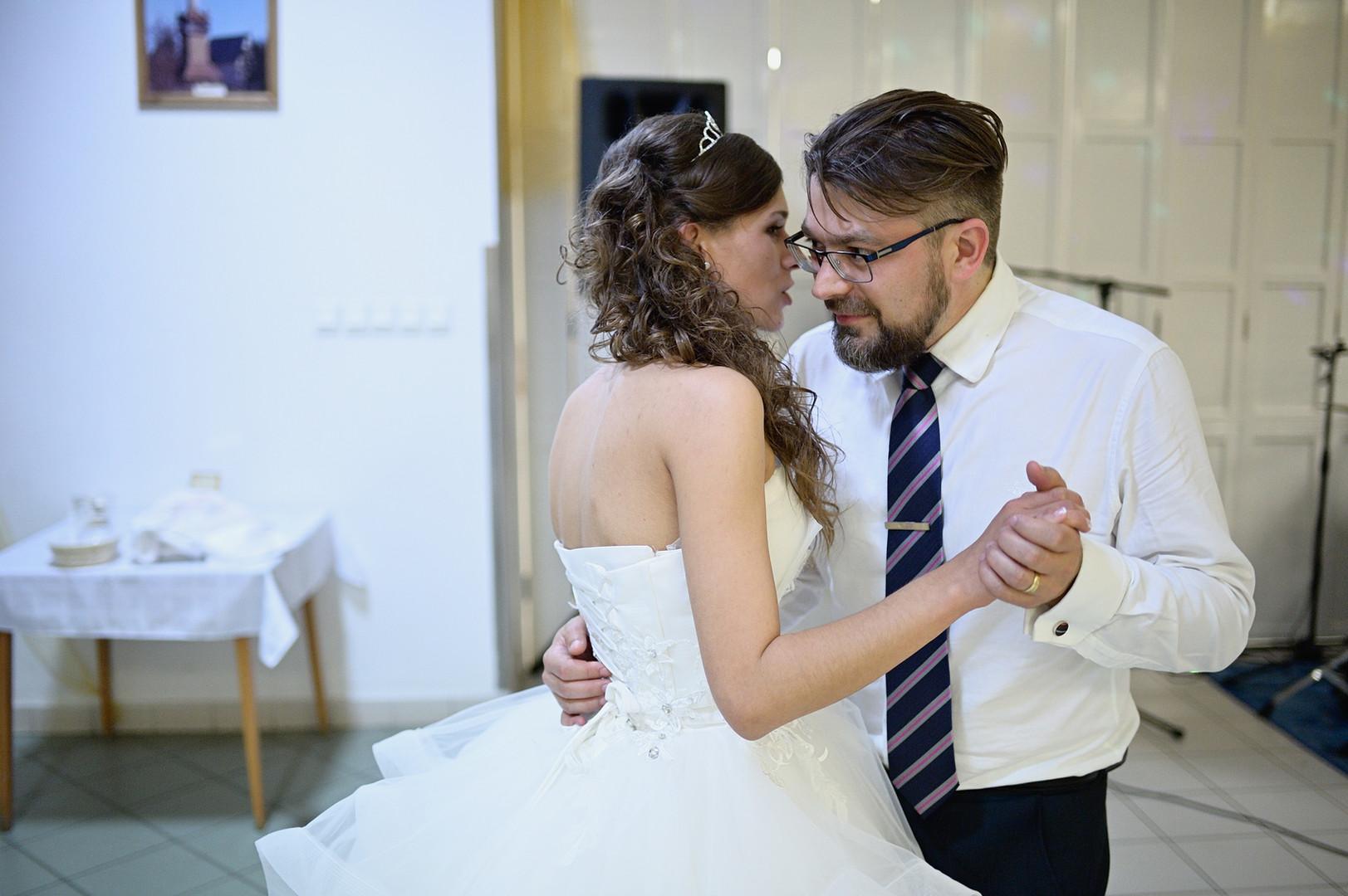 512 - Esküvő fotózás - Dia és Endi  - Bu