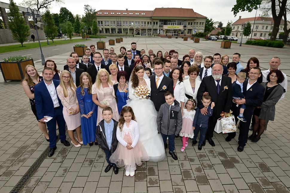 Esküvő fotózás - Dia és Endi - nagy csoportos fotózás