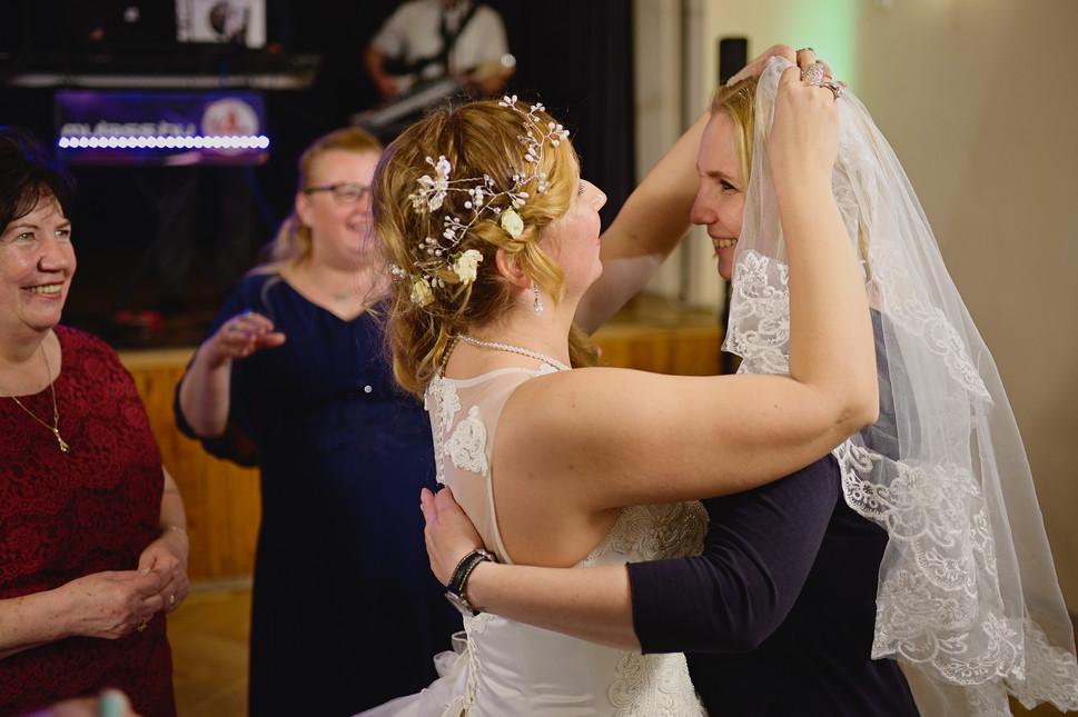 687  Esküvői fotózás - Enikő és Peti Bul