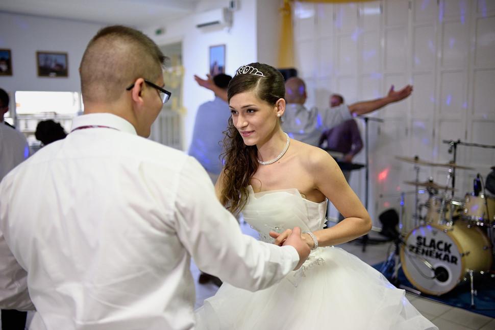 510 - Esküvő fotózás - Dia és Endi  - Bu