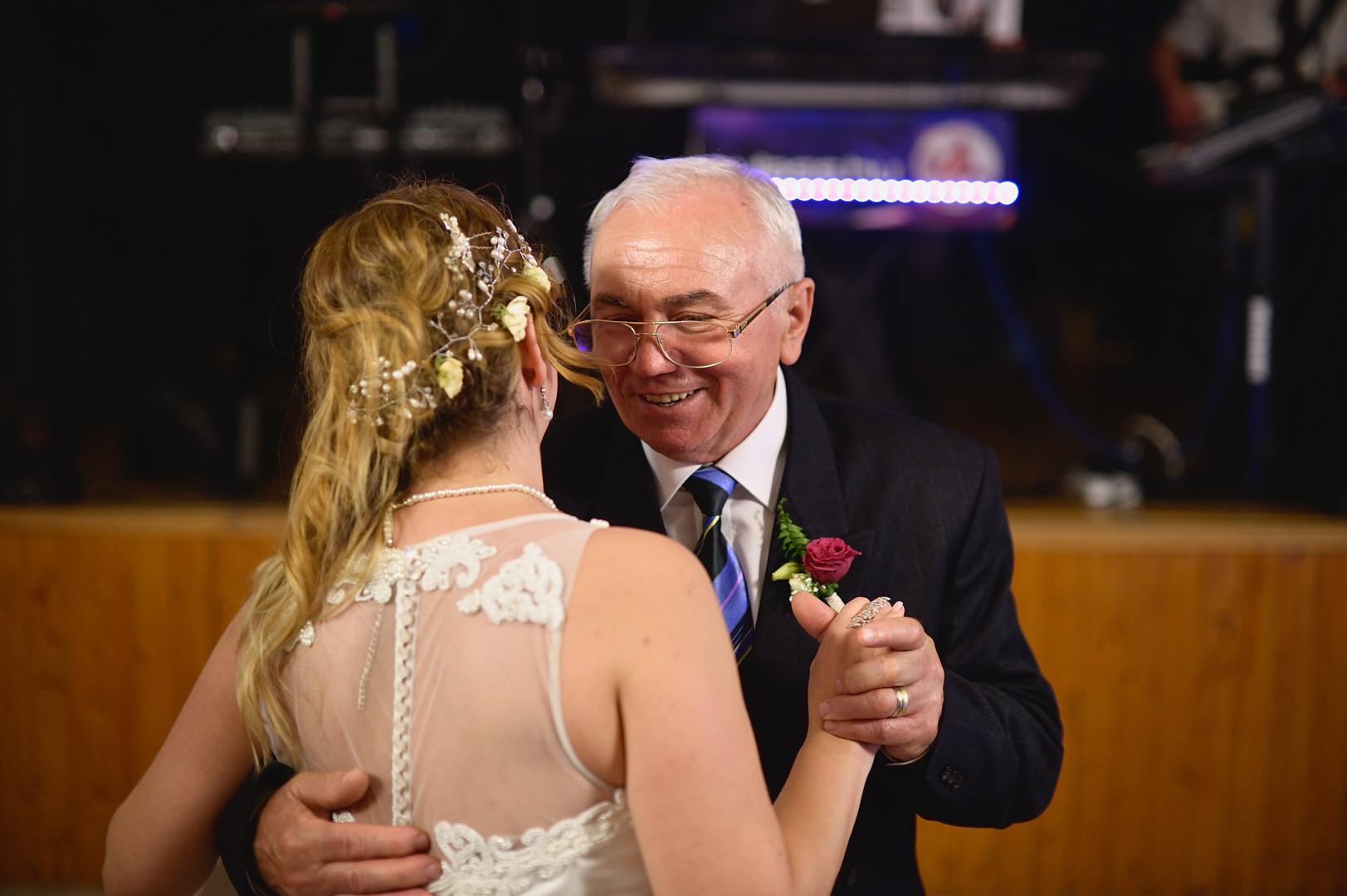 715  Esküvői fotózás - Enikő és Peti Bul