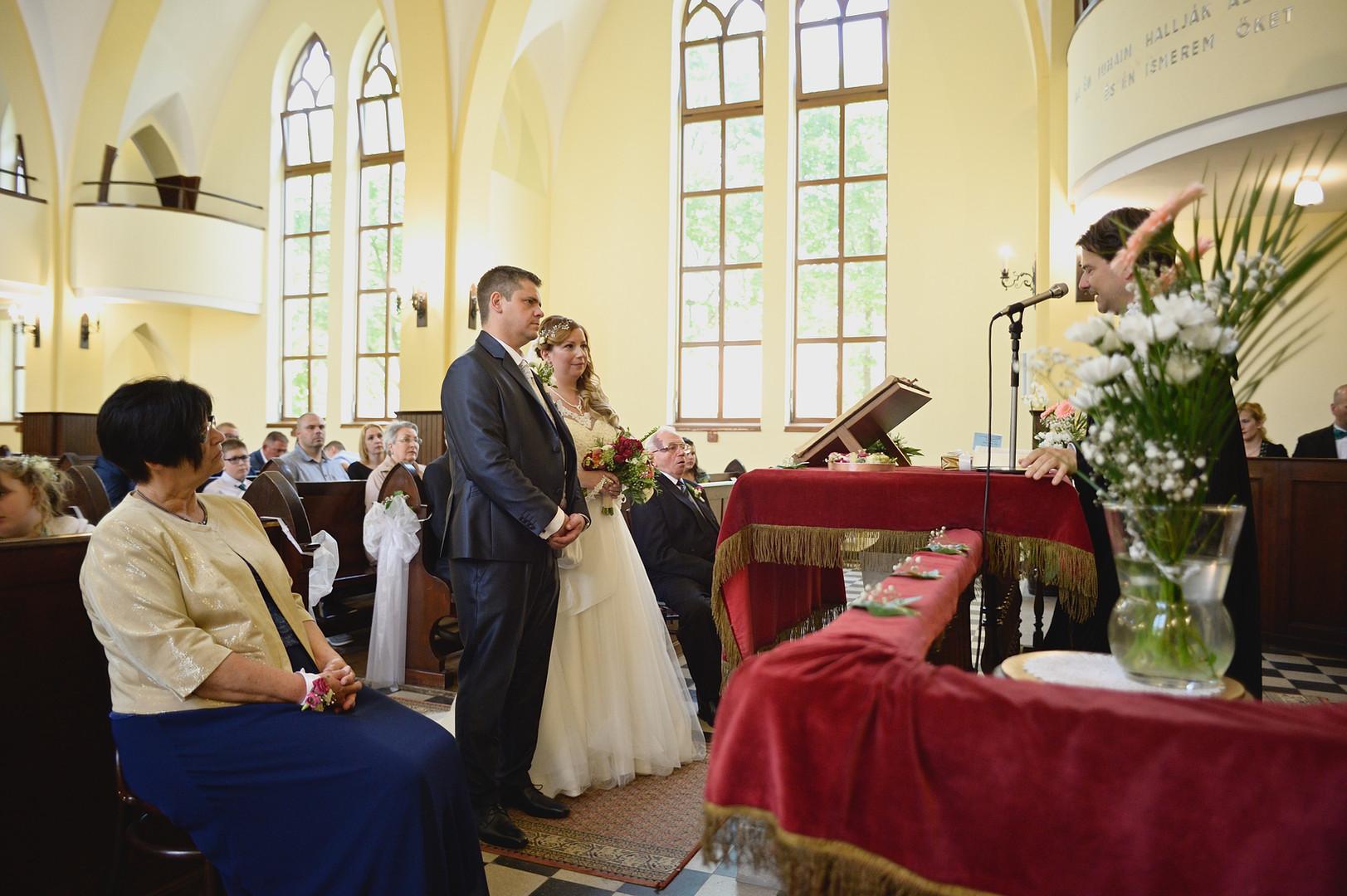 165  Esküvői fotózás - Enikő és Peti.jpg