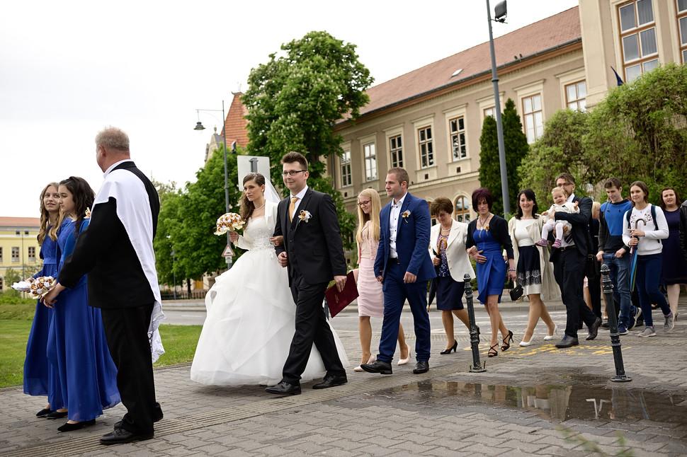 002 Esküvő fotózás - Dia és Endi - Templ