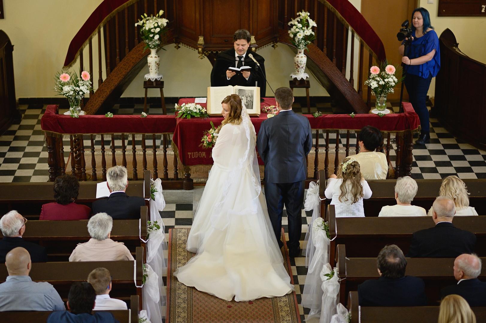 150  Esküvői fotózás - Enikő és Peti.jpg