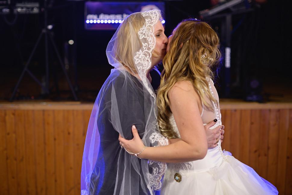 692  Esküvői fotózás - Enikő és Peti Bul