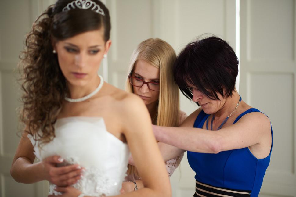 Esküvő fotózás - Dia és Endi - előkészület fotózása