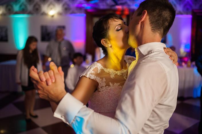 Esküvő fotózás videózás - Rita és Balázs - esküvői buli 33