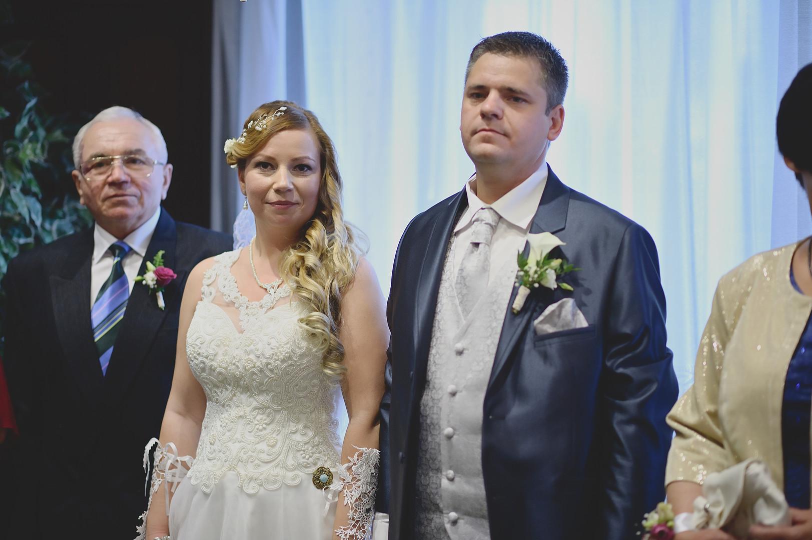 035 Esküvői fotózás - Enikő és Peti.jpg
