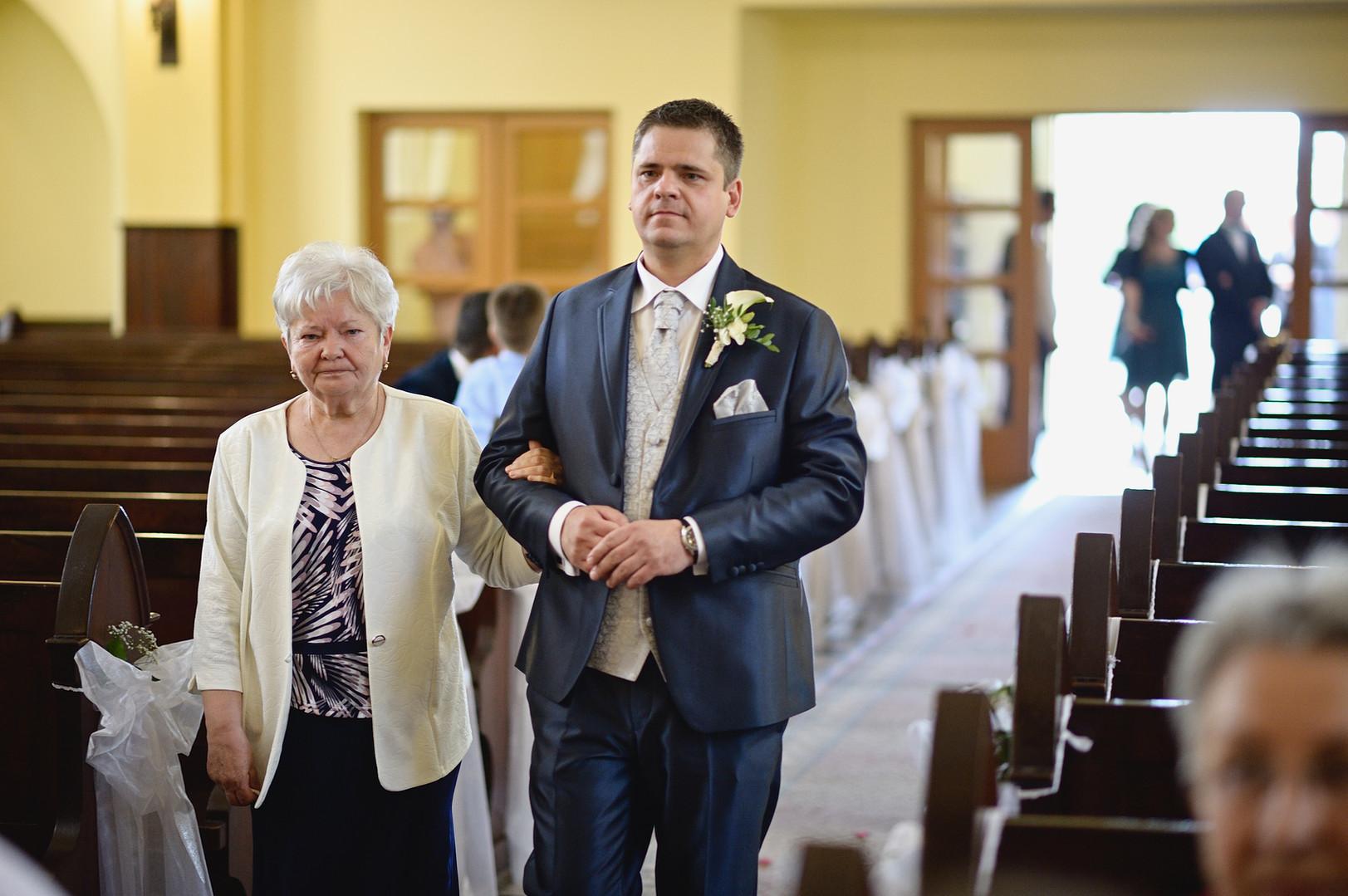 133  Esküvői fotózás - Enikő és Peti.jpg