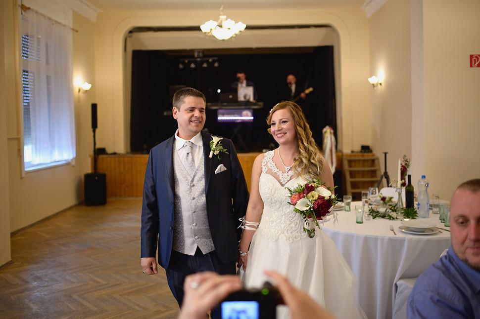 375  Esküvői fotózás - Enikő és Peti Bul