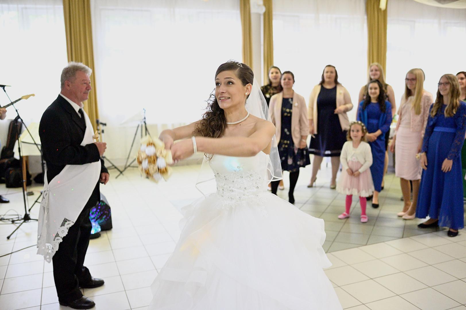 174 Esküvő fotózás - Dia és Endi - Csopo